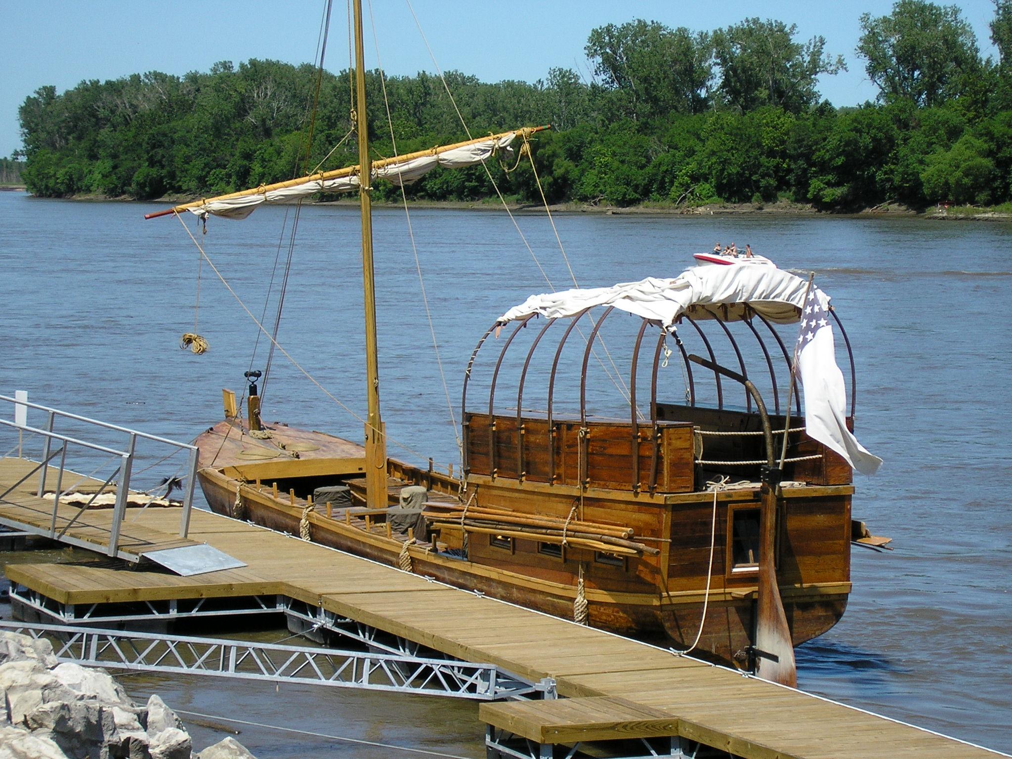Signature Boat Tours