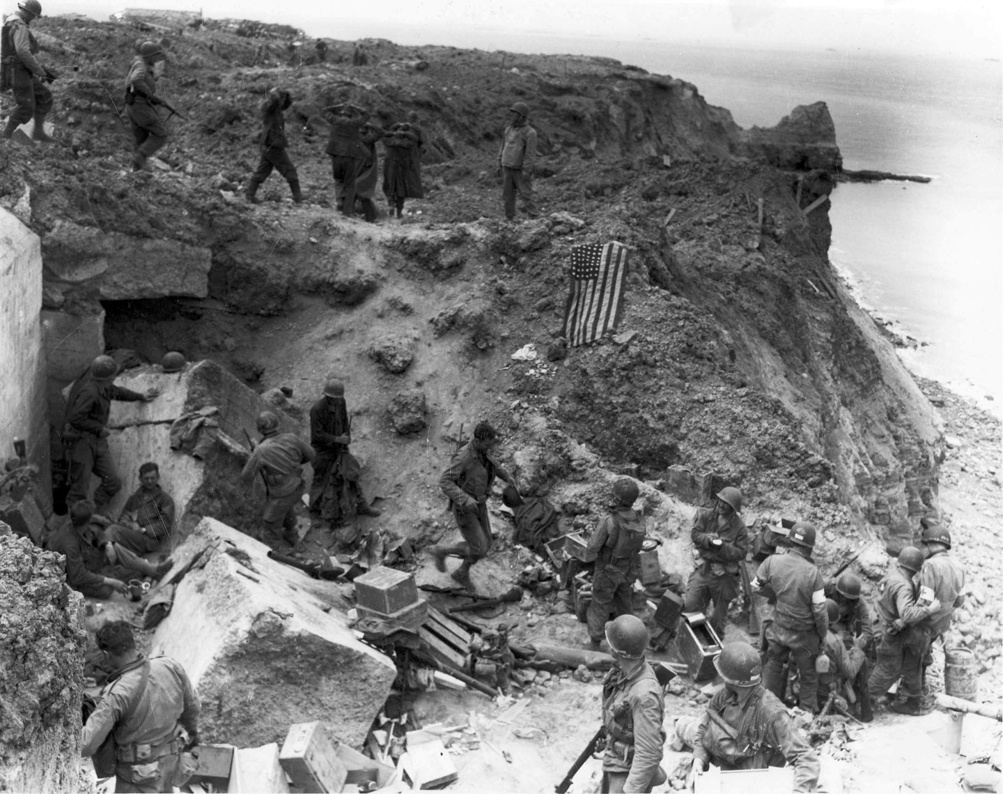 Photo, D+2, Rangers at Pointe Du Hoe.