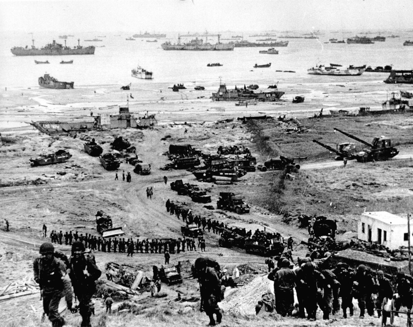 Photo, Build up of Omaha Beach