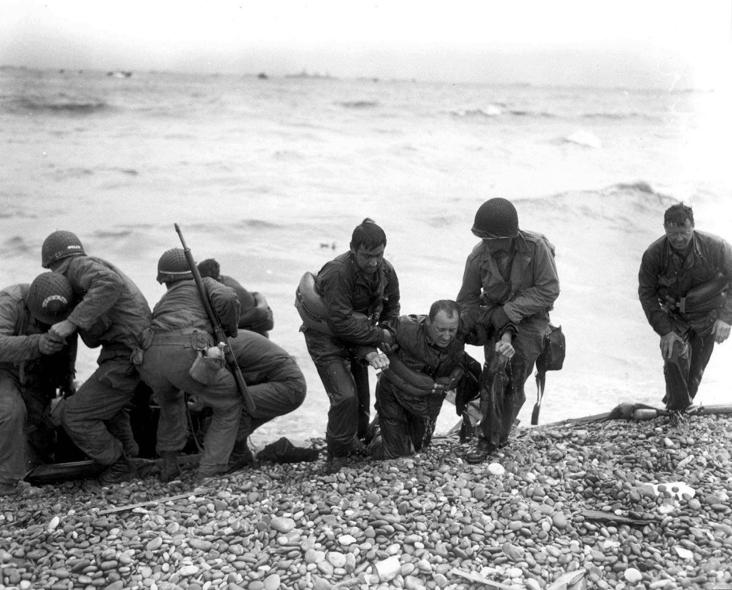 Photo, Members of an American landing 