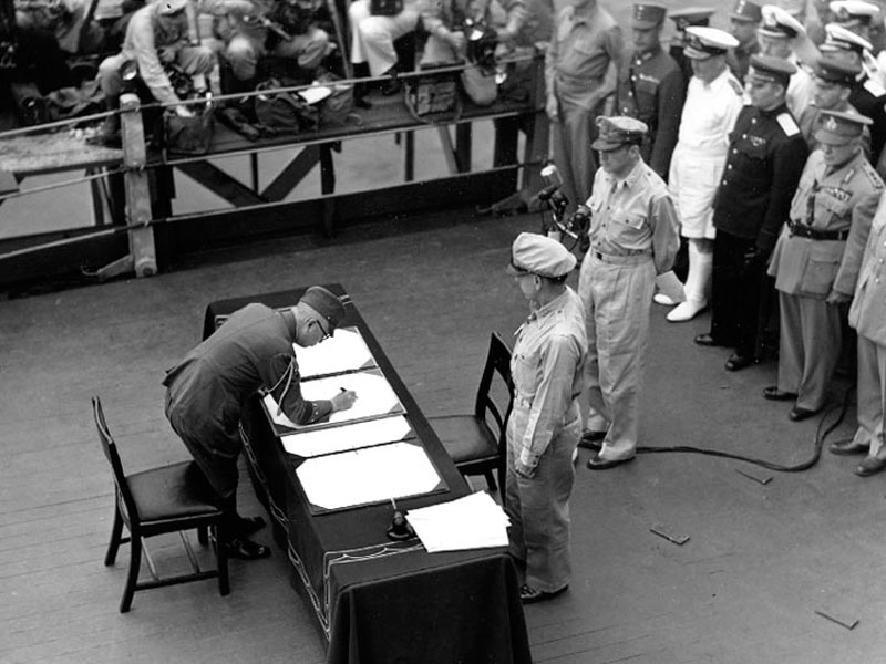 Gen. Umezu signs instrumetnof surrender, 2 Sept 1945